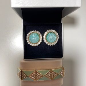BLUE EARRINGS & BLUE/GREEN BRACELET